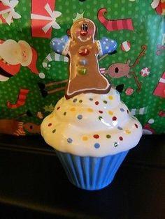 Blue Sky Clayworks Cupcake Ceramic Christmas gingerbread trinket box container