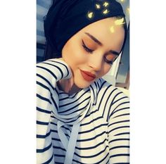 Cute Boys Images, Hijab Dpz, Baby Faces, Insta Photo Ideas, Grunge Girl, Girl Hijab, Girly Pictures, Jolie Photo, Girls Dpz