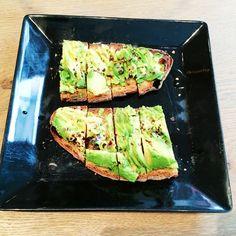 @kelseyrequin92 #Poilane The Australian inspired tartine with avocado, vegemite and chilli flakes #food #foodie #foodporn #poilane #kingsroad #london #uk #cafe #england #tartine #lunch #restaurant #potd