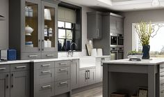 Good use of differing levels of units in kitchen, especially the dresser  I LIKE THIS ONE!!!!!