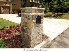 Make Brick Mailbox Post - WoodWorking Projects & Plans Brick Columns, Stone Pillars, Porch Columns, Brick And Stone, Rock Driveway, Driveway Entrance, Driveway Posts, Mailbox Landscaping, Landscaping With Rocks