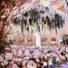 Dreamy And Fantastic Wedding Decoration Ideas For Your Inspiration; White Flower For Wedding; Amazing And Gorgeous Wedding Decoration Ideas; Wedding Ceremony Ideas, Wedding Scene, Star Wedding, Wedding Art, Wedding Events, Dream Wedding, Light Wedding, Wedding Church, Party Wedding