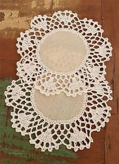 Vintage Doily, crochet lace and cotton doily, vintage lace, white round doily, crocheted doilies Crochet Boarders, Crochet Square Patterns, Crochet Doily Patterns, Crochet Stitches, Crochet Dollies, Hand Crochet, Crochet Lace, Crochet Table Runner, Crochet Tablecloth