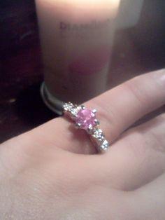#pinninglybeautiful #rings #jewelry #DiamondCandles