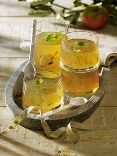 Unser beliebtes Rezept für Apfelgelee mit Zitronenmelisse und mehr als 55.000 weitere kostenlose Rezepte auf LECKER.de.
