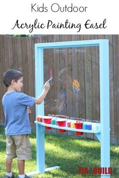 Outdoor Acrylic Painting Easel Make an outdoor acrylic painting easel for your little artists. Your kids will love this art station and will be painting all summer. Very easy DIY project that anyone can make!Make an outdoor acrylic painting easel for you Backyard Playground, Backyard For Kids, Diy For Kids, Playground Ideas, Children Playground, Kids Yard, Outdoor Fun For Kids, Diy Outdoor Toys, Preschool Playground