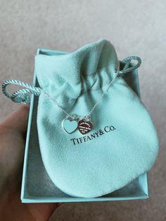 Tiffany Und Co, Tiffany & Co., Tiffany And Co Jewelry, Tiffany And Co Necklace, Cute Jewelry, Jewelry Accessories, Fashion Accessories, Fashion Jewelry, Jewelry Design