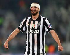 More than just a defender... Happy birthday, Juventus hero & warrior Giorgio Chiellini! #juventus #giorgiochiellini #footballplayers