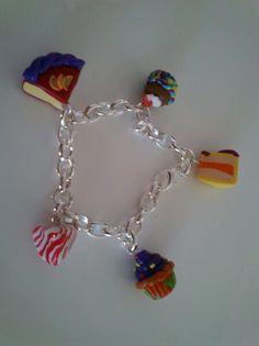 Gateau muffin berlingoy bracelet fimo Bracelets, Creations, Charmed, Jewelry, Jewels, Bangles, Jewlery, Bracelet, Jewerly
