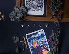 Ознакомьтесь с этим проектом @Behance: «Tarot Artists Cards» https://www.behance.net/gallery/49664893/Tarot-Artists-Cards