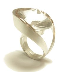 'Fortuna' ring in silver and 9ct rose gold set with a natural quartz by Hanna Tommola