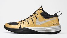 832e2fd744c708 The recently released Nike Lunar LE goes beast mode with this Marshawn  Lynch colorway. This colorway of the Nike Lunar LE features a metallic gold  and black ...