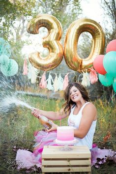 first birthday banner 30th Birthday Balloons, Golden Birthday, Birthday Cake Smash, 30th Party, 30th Birthday Parties, 30th Birthday Ideas For Women, Adult Cake Smash, Thirty Birthday, Cake Smash Photos
