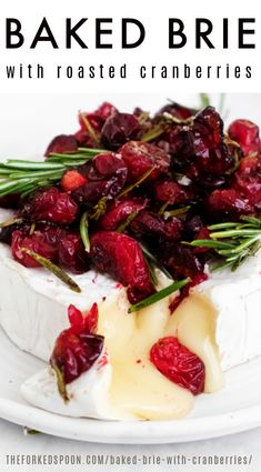 This delicious Warm Brie is baked (or microwaved) to melty, gooey perfection that is perfect for dipping! Topped with savory Roasted Cranberries and Rosemary, this is one of the easiest and most affordable holiday appetizers you'll ever make. Finger Food Appetizers, Finger Foods, Appetizer Recipes, Warm Appetizers, Holiday Appetizers, B Food, Baked Brie, Appetisers, Queso