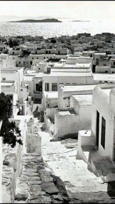 Old Mykonos . Mykonos Island Greece, Athens Greece, Myconos, Old Time Photos, Greece Pictures, Greece Photography, Mediterranean Architecture, Greek Islands, Greece Travel