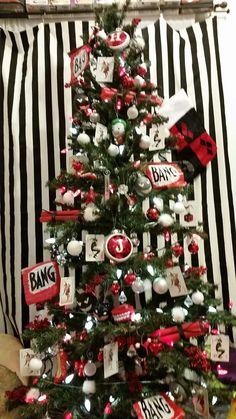 "lady-ha-ha: ""My Harley Quinn Christmas tree! """