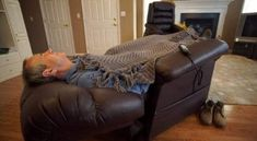 The Side Effects of Sleeping in a Recliner & Reclinercize