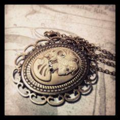 #skullsandstones #cameo #skull #jewelry #love #bracelet #trendy www.facebook.com/skullsandstones