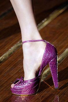gucci magenta platform heels 2006