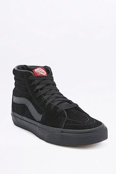 buy popular 40612 a280e To hit the gym or simply complete your outfit, shop Urban Outfitters   selection of women s trainers from brands including Nike, adidas, Vans and  Asics.