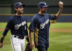 Ryan Braun and Aaron Rodgers! @Danielle, sexys (but look at their hands i'm think angie was right) hahaha