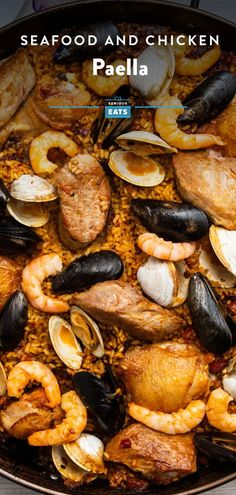This famed seafood-and-meat paella may not be traditional, but it's a favorite of diners all over the world for good reason. The grill makes it possible to cook a one big enough for a crowd at home. Chicken Paella, Seafood Paella, Fish And Seafood, Grilling Recipes, Seafood Recipes, Pork Tenderloin Medallions, Paella Party, Paella Recipe, How To Cook Rice