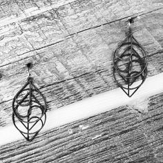 Tree knots, incognito.  Shop these earrings: http://etsy.me/17N3NZ6  #3Dprintedjewelry #3Dprinting #3Dprinted #3D #3Dprint #upcycle #fashion #handcrafted #jewelrygram #jewelry #style #beautiful #etsy #Sculpteo #holyoke #sfetsy #design #designers #liketkit #shakeshack #xiomaralorenzodesigns #heart #nature #trees