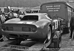 Race Car Transporters - David Piper's Ferrari 250 LM on a trailer, behind the co car. Just simple. Sports Car Racing, Racing Team, Auto Racing, Road Race Car, Race Cars, Le Mans, Bobber, Nascar, Harley Davidson