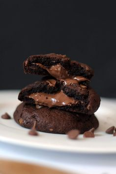 Nutella Stuffed Double Chocolate Cookies Recipe | Melting Centre - The Lovecats Inc - thelovecatsinc.com