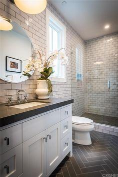 101 European Farmhouse Kitchen Decor Ideas - Home Page Modern Small Bathrooms, Small Bathroom Tiles, Bathroom Tile Designs, Upstairs Bathrooms, Bathroom Renos, Basement Bathroom, Beautiful Bathrooms, Bathroom Flooring, Master Bathroom