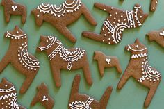 Dala Horse by benziedesign, via Flickr    Just practiced these, great inspiration, just what I needed