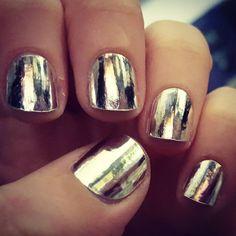 #jamberrynails #jamicure #nails #nailart #jamberry #metallicchromesilverjn