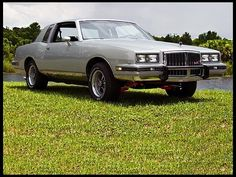 1981 chevy monte carlo my 5th car mine was blue with a white vinyl top and white leather. Black Bedroom Furniture Sets. Home Design Ideas