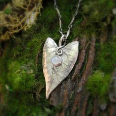 ~ Elven Leaf Pendant ~