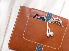 Harlex leather ipad case | Tidbit Dujour