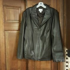 East 5th leather jacket Brown pre owned very good condition leather jacket. East 5th Jackets & Coats
