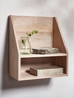 Insane Tips Can Change Your Life: Long Floating Shelf Cabinets floating shelves bar how to build.How To Build Floating Shelves floating shelves with drawers small spaces.Wooden Floating Shelves Under Tv. Furniture Projects, Wood Furniture, Wood Projects, Woodworking Projects, Furniture Buyers, Floating Shelves Bedroom, Floating Shelf Decor, Oak Shelves, Wooden Shelves