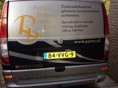 Mijn eerste AR foto van de bus van Parra's Helping Hand. Scan hem eens met de Layar app.