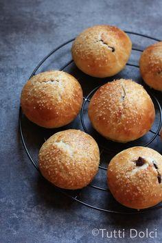 brioche rolls with chocolate