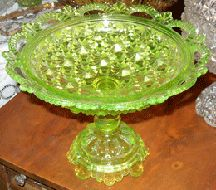 *BELMONT #100, aka: Daisy + Button w/ scalloped edge was made by: Belmont Glass Works, c.1886.  EAPG INC Museum Vaseline Rarities