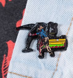 Jurassic Park Limited Edition Pin Badge Jurassic Park T Shirt, My Themes, Movie T Shirts, Pin Badges, Lapel Pins, T Shirts For Women, Gifts, Accessories, Patches