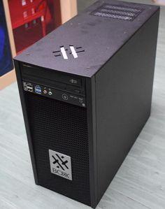 BOXX komputer Quadra 5200