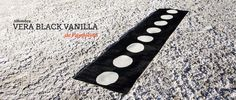 Alfombra Vera Black Vanilla de Pappelina. #alfombra #pappelina #rugs #carpet #alfombrasPappelina