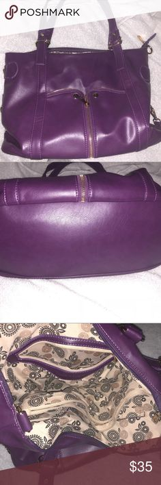 Plum Laurel & Sunset Handbag Plum purple Laurel & Sunset handbag. It was only used once with no wear marks. It comes with the crossbody strap as well. Laurel & Sunset Bags Hobos