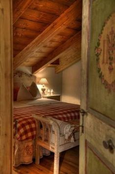 An under the eaves farmhouse bedroom cozy cottage cabin bungalow shabby rustic country chic decor Attic Renovation, Attic Remodel, Cozy Bedroom, Bedroom Decor, Bedroom Small, Eaves Bedroom, Decor Room, Bedroom Ideas, Attic Bedrooms
