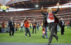 Com o Benfica a poupar na Taça para atacar a viagem a Braga, esta parece mesmo ser a semana do título. A equipa de Jorge Jesus não quer provar o amargo sabor de sofrer duas derrotas consecutivas, pelo que ataca o SC Braga com o título em mente. Uma vitória dos encarnados é paga, na Dhoze, a 2.00€ por euro apostado.
