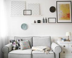 Hoe style je het schilderijplankje? Gallery Wall, Frame, Home Decor, Picture Frame, Decoration Home, Room Decor, Frames, Home Interior Design, Home Decoration