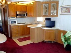 Kitchen 1994 Heart Mobile / Manufactured Home in Bradenton, FL via MHVillage.com