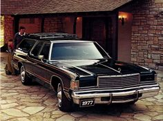 The 1977 Dodge Royal Monaco wagon.
