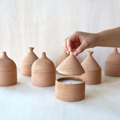 Set Of Cabana Candles Vanilla and Cotton Federica Bubani - Artemest Ceramic Tableware, Ceramic Bowls, Ceramic Pottery, Ceramic Art, Slab Pottery, Ceramic Design, Pottery Vase, Ceramic Mugs, Pottery Houses